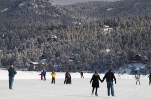 12257294-ice-skating-on-evergreen-lake-in-evergreen-colorado